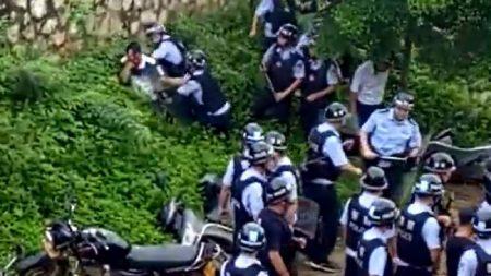 【中国】市民と警察が衝突 ゴム弾使用で負傷者も
