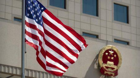 中国が米世論操作狙い前例ない活動、米当局者ら「最大の脅威」と証言